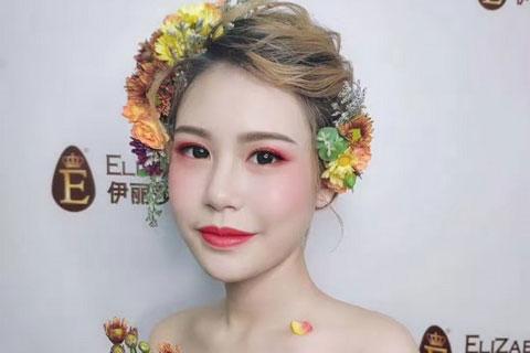 花漾新娘,8月伊丽莎白化妆作品鲜花新娘造型