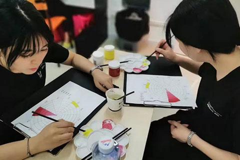 学员实操之化妆师如何正确认识和运用色彩认识